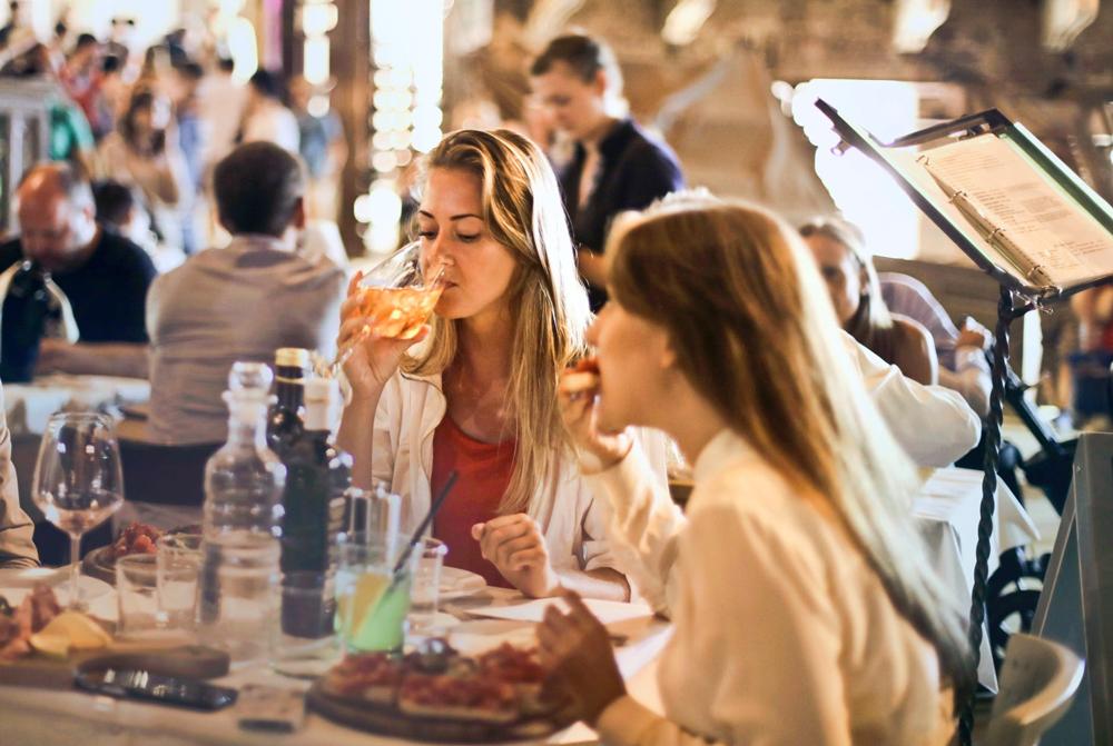 Attirer les clients dans son restaurant l'été sans avoir de terrasse, c'est possible !